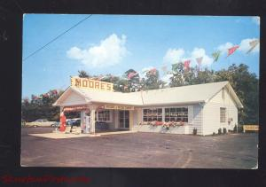 LENOIR CITY TENNESSEE MOORE'S GAS STATION 1950's CARS OLD ADVERTISING POSTCARD