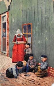 Holland? Dutch? Woman, Children in Traditional Costums, Photochromie