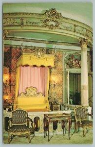 Hyde Park New York~Mrs Fredrick W Vanderbilt's Bedroom~Vintage Postcard