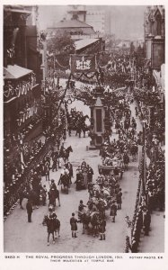 RP: LONDON , England , 1911 ; Coronation Parade