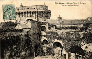 CPA  Dinan - Chateau d'Anne de Bretagne  (381652)