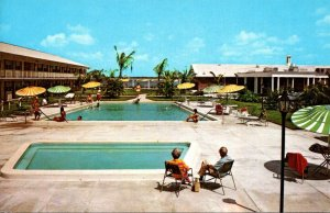 Florida Fort Myers Ramada Inn Swimming Pool