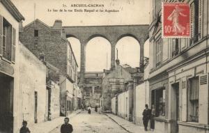 CPA Arcueil-Cachan (Dep.94) Le bas de la rue Emile Raspail et les (44847)