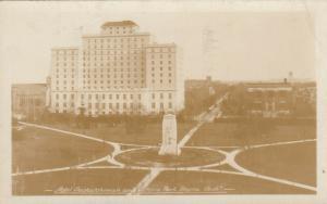 RP: REGINA , Saskatchewan , 1932 ; Hotel Saskatchewan