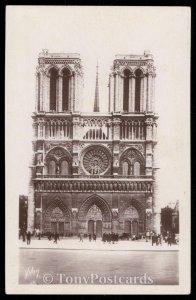 Notre-Dame (facade) Front of Notre-Dame Church
