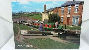 Vintage Postcard Grand Union Canal Braunston Locks Admiral Nelson Inn