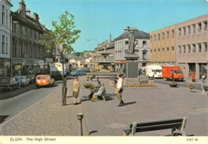 Vintage 1981 Scotland Postcard, ELGIN, The High Street, Classic Cars GS6