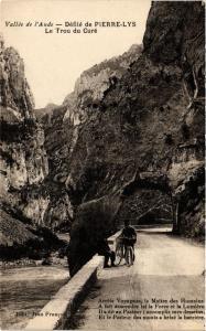 CPA Vallée de l'Aude - Défilé de Pierre-Lys - Le Trou du Curé . (249944)