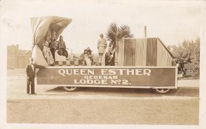 RP; Parade, WINNIPEG, Manitoba, Canada, 1931; Queen Ester Rebekah Lodge No. 2 Fl