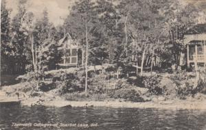 SHARBOT LAKE , Ontario , Canada , 1933 ; Thomson's Cottages