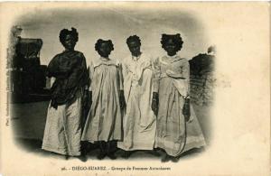 CPA DIEGO-SUAREZ Groupe de femmes Antankares MADAGASCAR (709647)