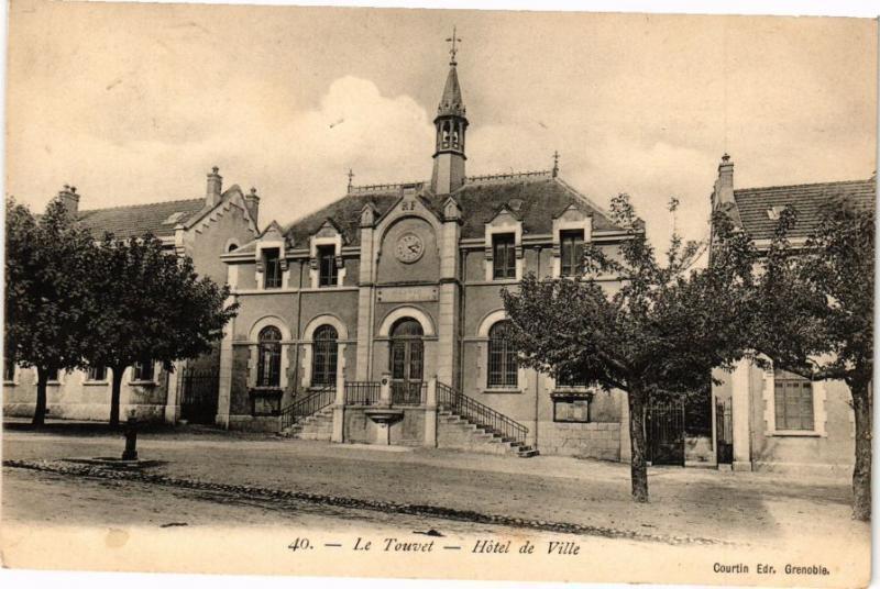 CPA  Le Touvet - Hotel de Ville (241851)