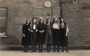 VINTAGE POSTCARD SIX GIRLS IN REAL PHOTO BY ERIC JEPPSON LIMHAMN SWEDEN c. 1925