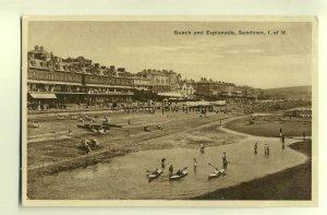 h0374 - Beach & Esplanade from the pier , Sandown , Isle of Wight - postcard