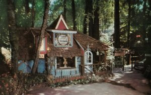 BROOKDALE , California , 1950-60ss; Brookdale Lodge, Wedding Chapel