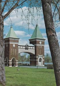 Porte des Maires, ST. HYACINTHE, Quebec, Canada, 40-60's