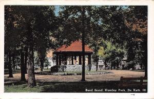De Kalb Illinois~Huntley Park Band Stand~Houses Behind~1920s Postcard