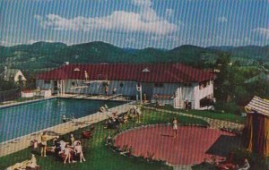 Canada Quebec Ste Adele Lodge In The Laurentians & Swimming Pool
