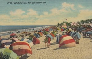 FORT LAUDERDALE , Florida, 30-40s; Colorful Beach