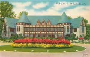 Reading Pennsylvania~Reading Country Club~Circle Drive~1940s Linen Postcard