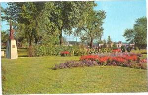 Flower Garden, Riverview Park, Clinton, Iowa, IA, Chrome