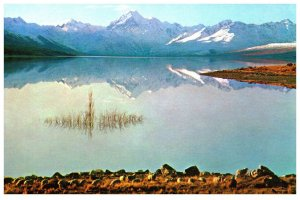 NEW ZEALAND Postcard - Mount Cook & Lake Pukaki (C13) Continental Size