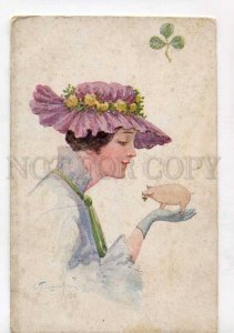 415937 RUSSIA PLOSHINSKY Lady w/ PIG Vintage Salon #556 PC