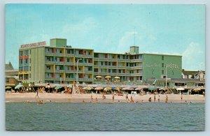 Postcard DE Rehoboth Beach Delaware Atlantic Sands Motel on Boardwalk #2 X5