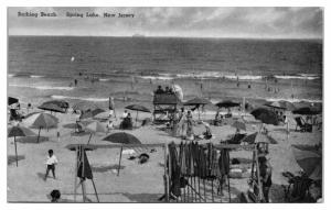 1950 Bathing Beach, Spring Lake, NJ Postcard *5A