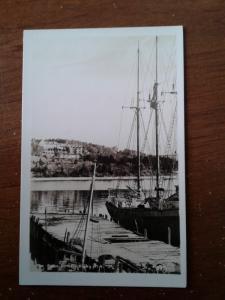Pauline's Postcards