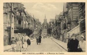 CPA ONIVAL-sur-MER - L'Avenue du Casino (121377)