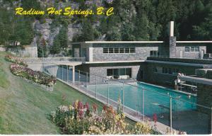 Radium Hot Springs , B.C. , Canada , 50-60s