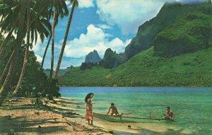 Vintage Postcard, Tahiti Paopao Bay, Known as Cook's Bay at Morrea by Pan Am NO9
