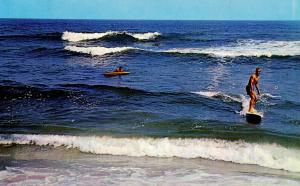 NC - Outer Banks. Surfing