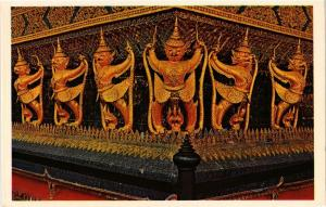 CPM THAILAND Garuda Clawes Naga seen at the Plinth of the main Chapel (344453)