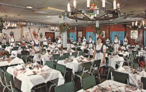 Family Crest Room , Frankenmuth Bavarian Inn , FRANKENMUTH , Michigan , 50-60s