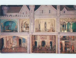 Pre-1980 POSTCARD OF ANTIQUE DOLLHOUSE AT MUSEUM Chicago Illinois IL ho4930