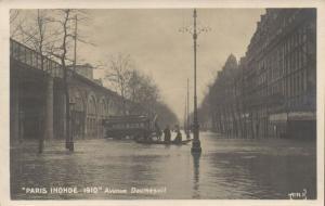 CPA PARIS 12e (Dep.75) - Paris Inondé 1910 - Avenue Daumesnil (64211)