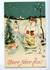 202826 NEW YEAR Dressed SNOWMAN Family Vintage PC