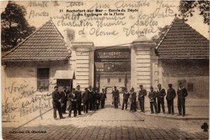 CPA Rochefort sur Mer. Entrée du dépot de Equipages de la Flotte. (666914)