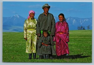 2011 ASIA MONGOLIA Mongolian family Ethnic Costume Rare Russian Photo Postcard
