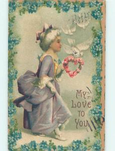 Pre-Linen valentine PRETTY GIRL WITH WHITE HAIR HOLDS HEART OF ROSES HJ2478