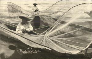 Patzcuaro Mich Mexico Natives Fishing Nets Pescadores de Janitzio RPPC