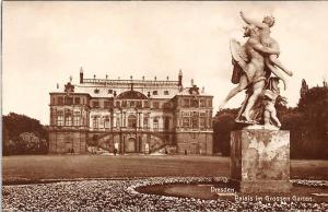 Dresden Palais im Grossen Garten Statue Palace