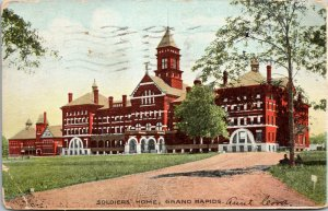 Grand Rapids, MI, Main Building, Soldiers' Home, Linen Postcard  - POSTED