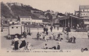 BOULOGNE-SUR-MER, Pas de Calais, France, 1900-10s; L'Arrivee a la Plage et le...