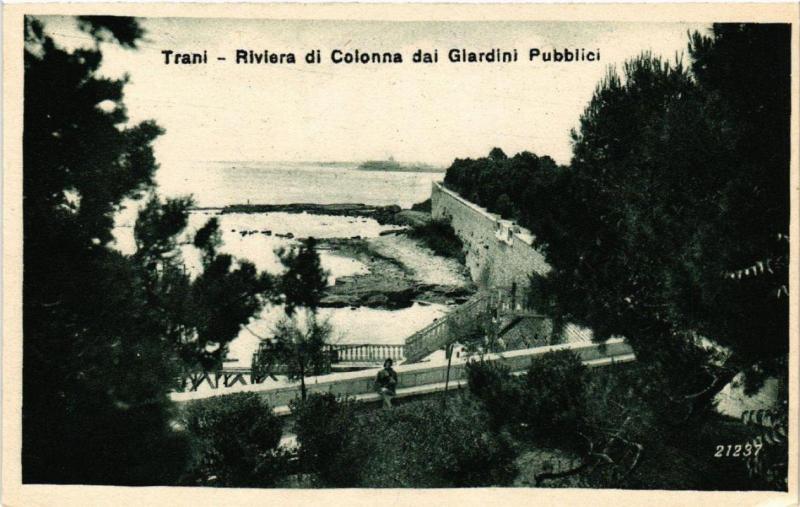 CPA AK TRANI Riviera di Colonna dai giardini pubblici. ITALY (531662)