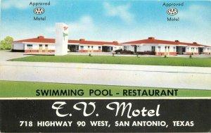 Continental Swimming Pool Restaurant TV Motel San Antonio Texas Postcard 12860