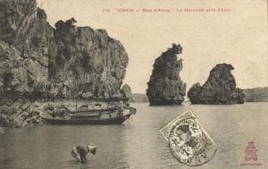 CPA Vietnam Indochine -  Tonkin - Baie d'Along - La Marmotte et le Chien (85642)