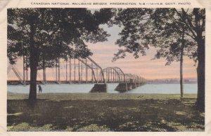 FREDERICTON, New Brunswick, Canada, 30-50s; Canadian National Railway Bridge
